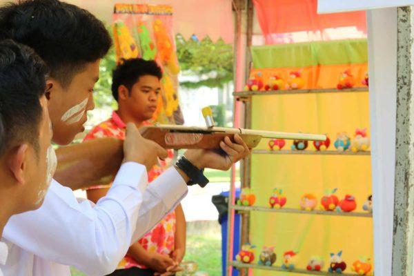 ปืนยาว ยิงตุ๊กตาหล่น 1